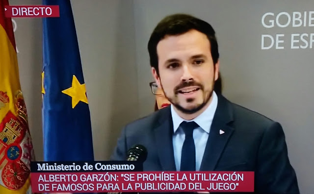"""Garzón: """"Se prohíbe la utilización de famosos para la publicidad del juego"""""""