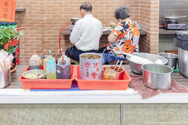 MG 4179 - 熱血採訪│台中吃到飽只要250元就能享有火烤兩吃!搬家後人潮一樣超級多,還有水果、飲料、冰淇淋任你吃