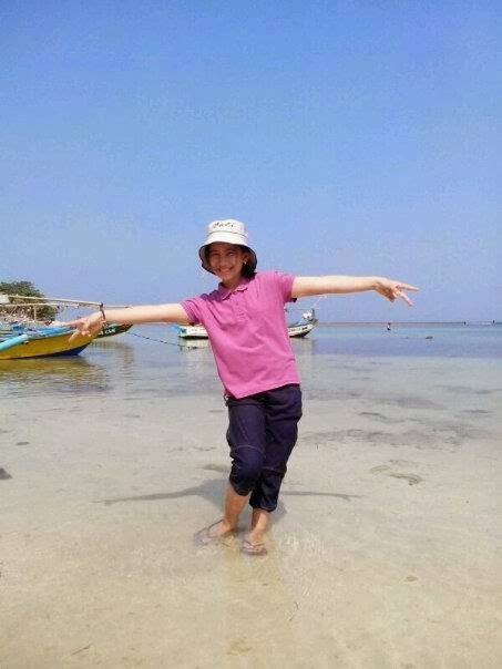 Pantai Ujung Genteng Sukabumi, Wisata Penangkaran Penyu