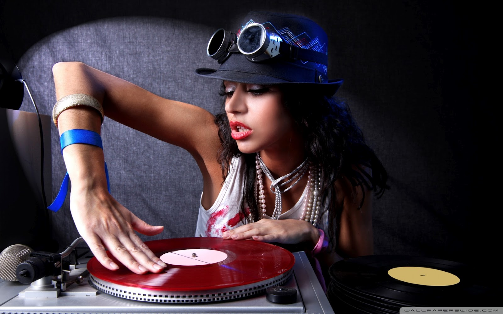 Dj Punjabi Girl Wallpaper Wallpapers Images Picpile Rising The Music Wallpapers