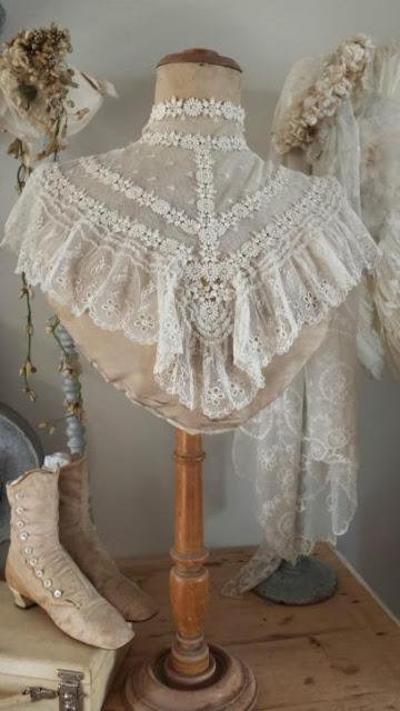манишка вставка на платье 19 в