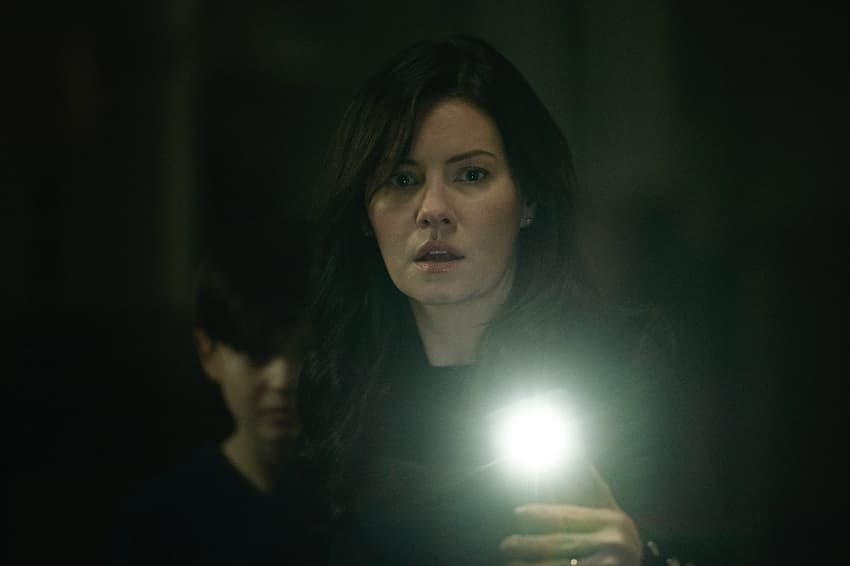 Элиша Катберт снялась в фильме ужасов The Cellar - первый кадр внутри