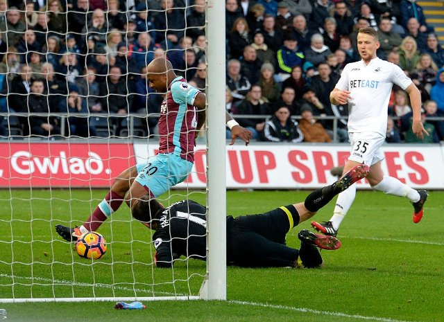 Andre Ayew scores first West Ham goal on Swansea return