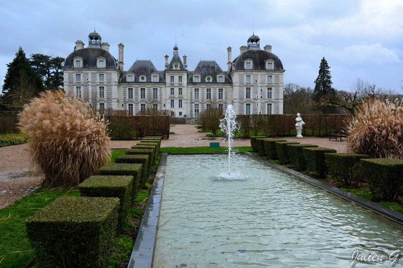 Coins du Monde: FRANCE - Centre-Val de Loire - Château de Cheverny