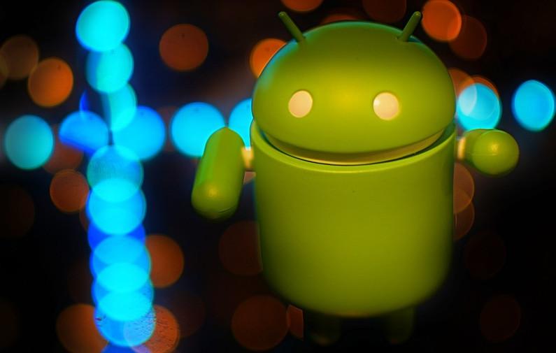 Rebajas en ocho móviles Android variados