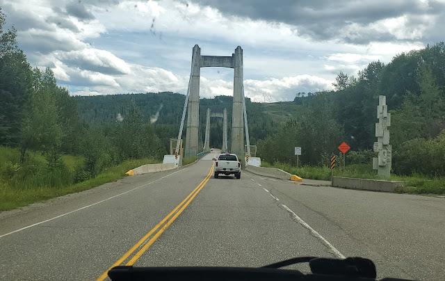 Hudson's Hope suspension Bridge