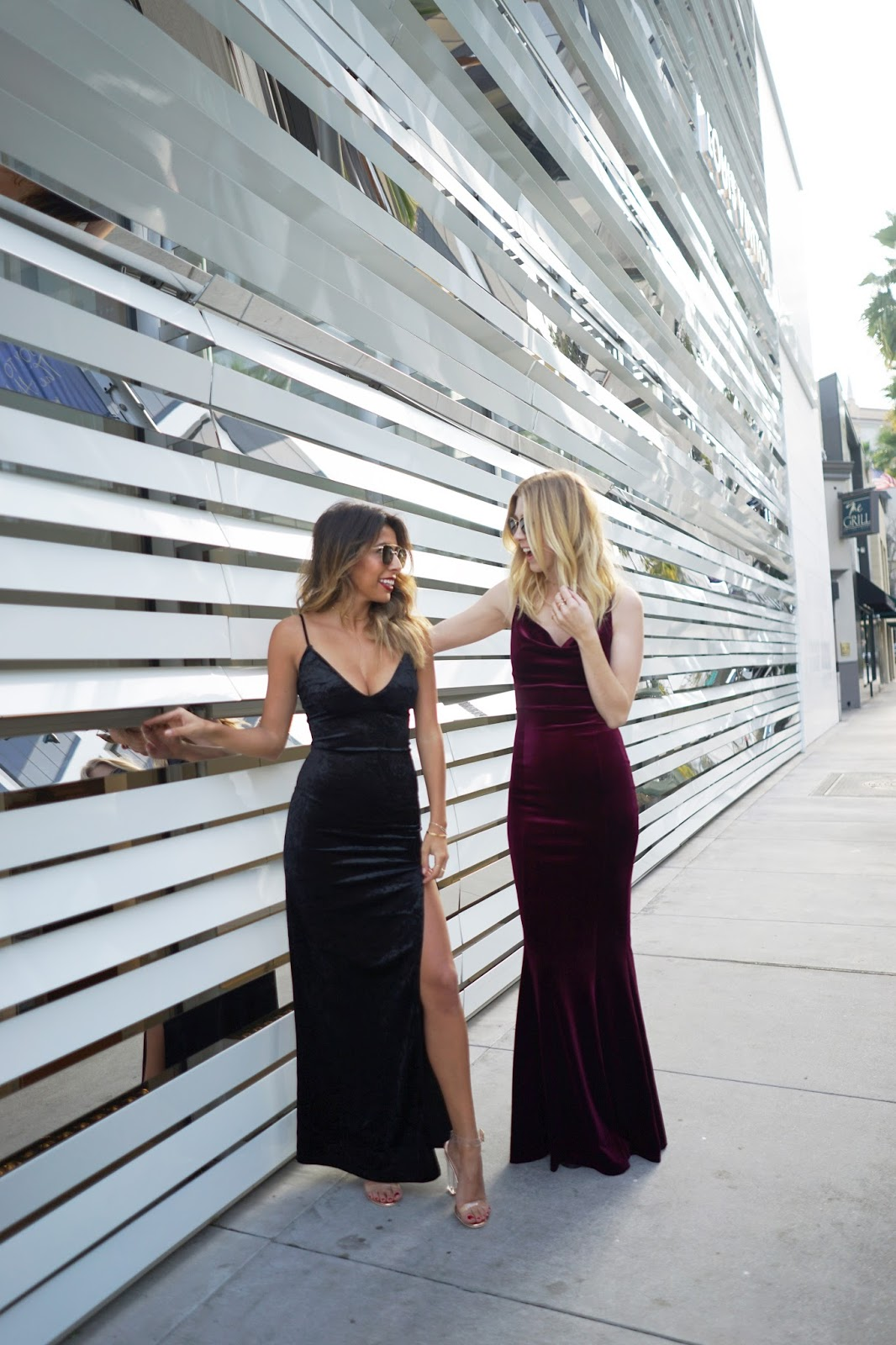 what to wear to holiday party, how to wear velvet dress, blogger photos shoot rodeo beverly hills