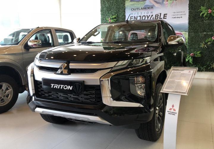 Mitsubishi Triton giảm giá hơn 100 triệu đồng