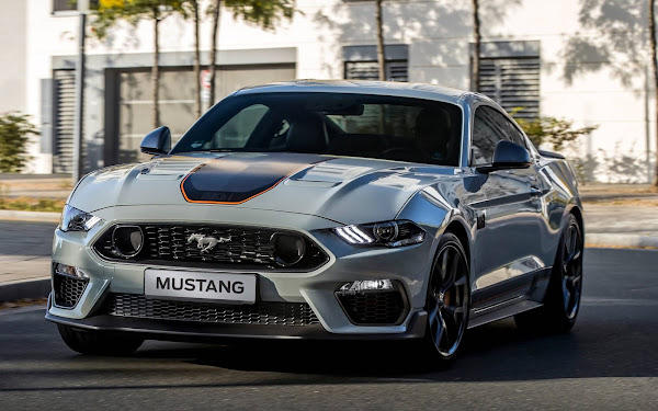 Mustang V8 Mach-1 2022 chega ao Brasil - preço R$499.000