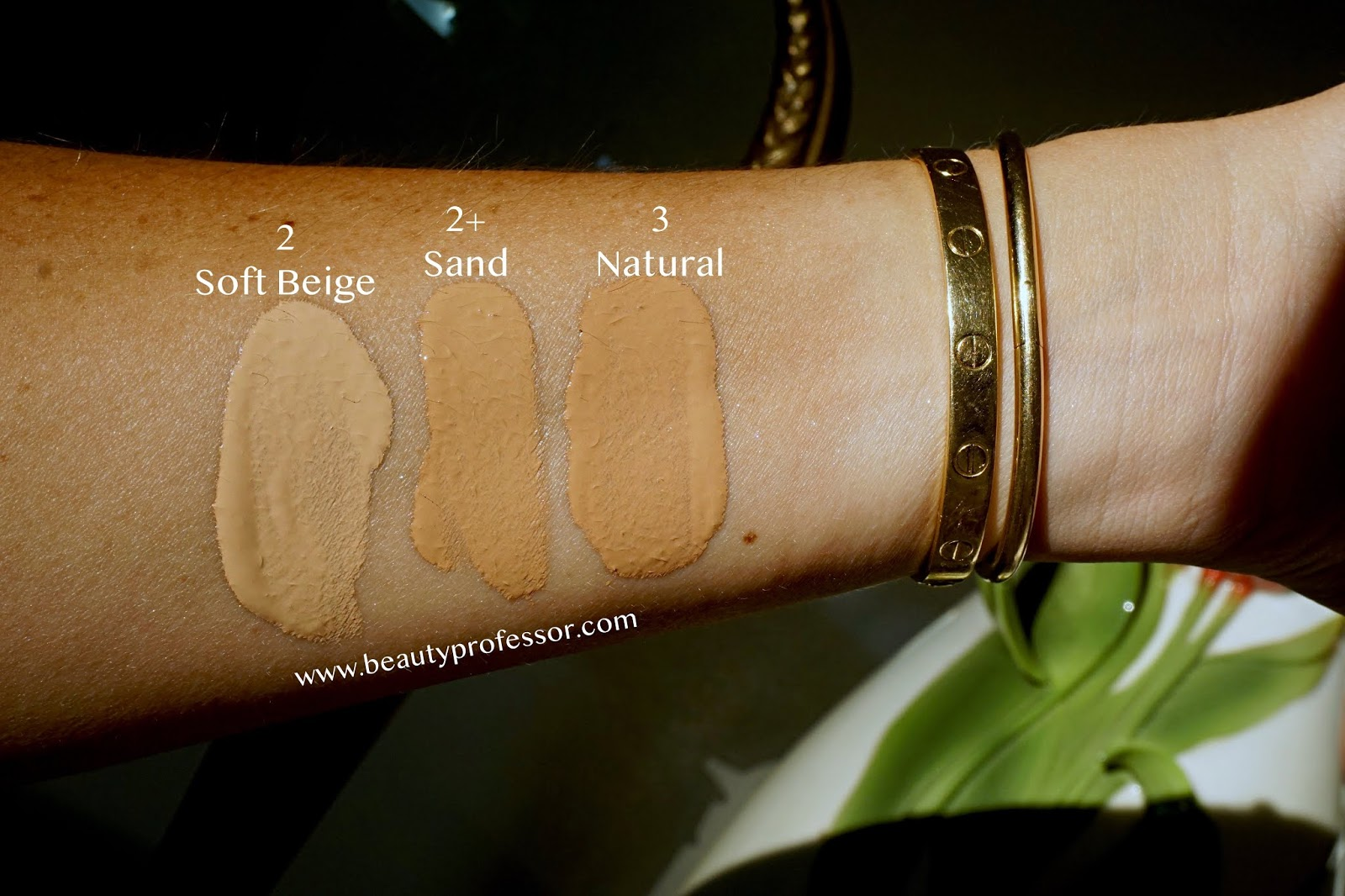 Sisley-Paris Phyto-Teint Ultra Eclat Oil-Free Long Lasting Foundation swatches