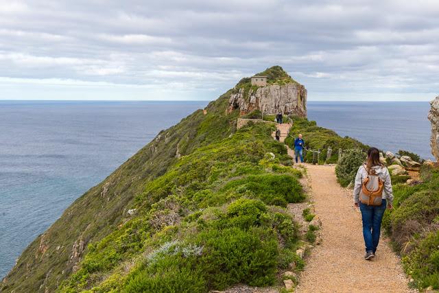 Camino al nuevo faro de Cape Point, Península del Cabo, Sudáfrica