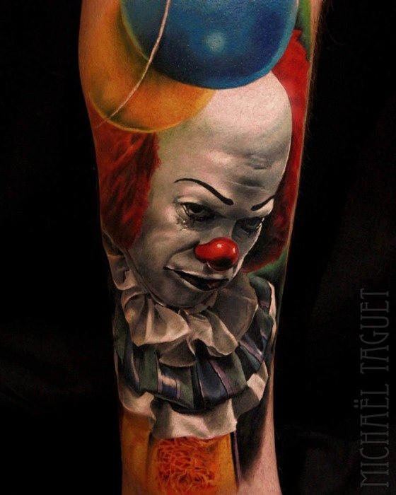 Tatuaje del payaso de IT Peniwise