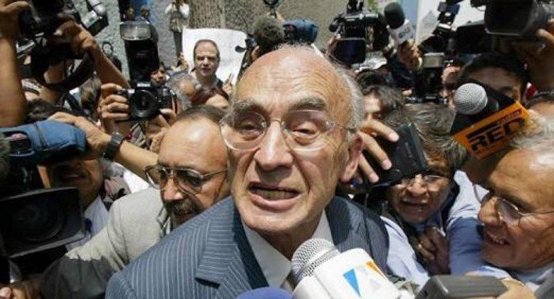 AMLO abriría la puerta para juzgar a Luis Echeverría por crímenes de lesa humanidad.