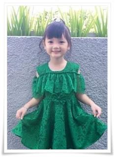 4. Baju kebaya anak full brokat dress warna hijau