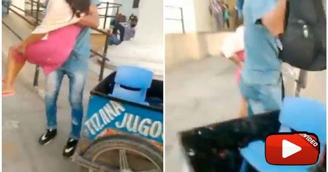 Bicicleta de vendedor de tizanas fue convertida en ambulancia