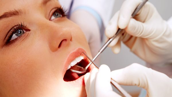 FOODS WITH HIGH RISKS OF CAUSING TOOTH DECAY