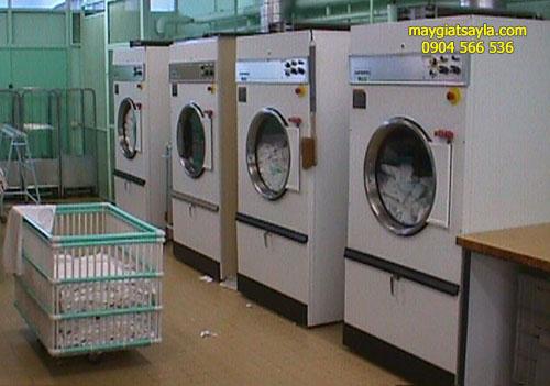 Giá máy sấy công nghiệp ở Quảng Ngãi bao nhiêu thì dùng tốt?