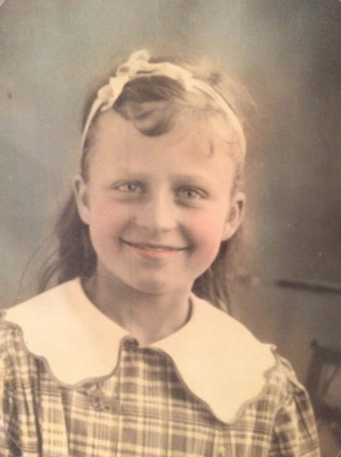 colorized photo from circa 1930 of young Helen Gross