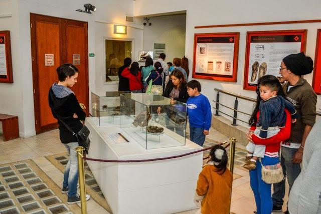 Crianças em Museu em Salta