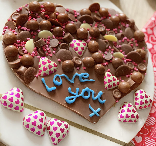 valentines-personalised-chocolate-slab-block
