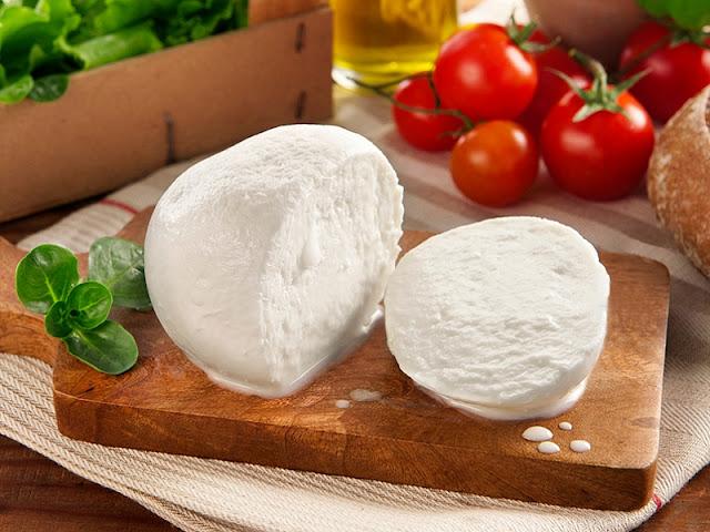 Сыр Моцарелла картинка