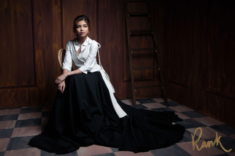 2va9fTe BREAKING NEWS: Well known International Fashion Designer embroider Maine Mendoza's Dress in her Magazine cover!