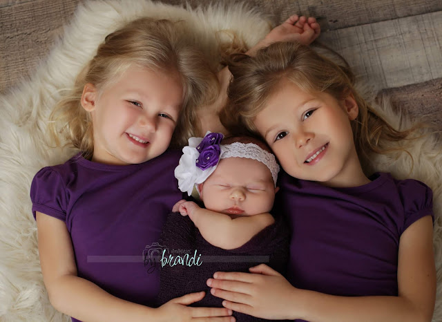 Newborn Photographer  Burlington iowa southeast iowa
