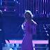 Χαμός: Παρουσιάστρια ξεγυμνώθηκε σε Live εκπομπή! (pics)