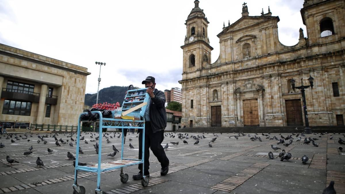 Bogotá tendrá restricción a la movilidad nocturna y cuarentena general este fin