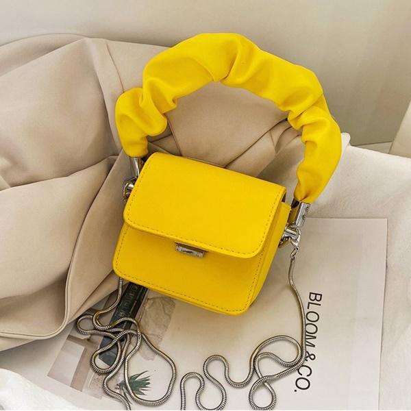 Aposte em Bolsas Amarelas Para Arrasar