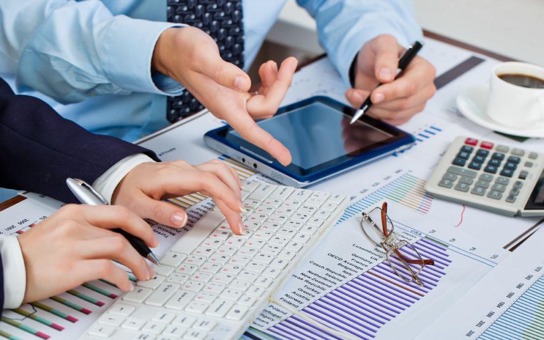 الفرق بين المحاسبة المالية والإدارية