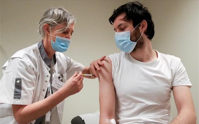 Κορωνοϊός- Έρευνα: Αποτελεσματικές οι 2 δόσεις εμβολίων Pfizer ή AstraZeneca κατά του στελέχους Δέλτα