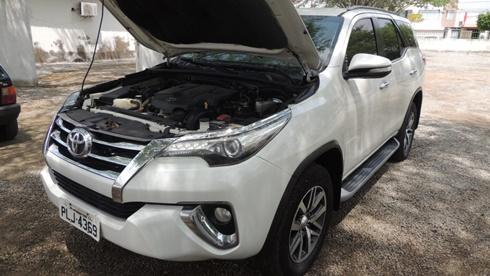 SW4 e outros veículos serão leiloados pela Prefeitura de Riachão do Jacuípe nesta quarta-feira (14)