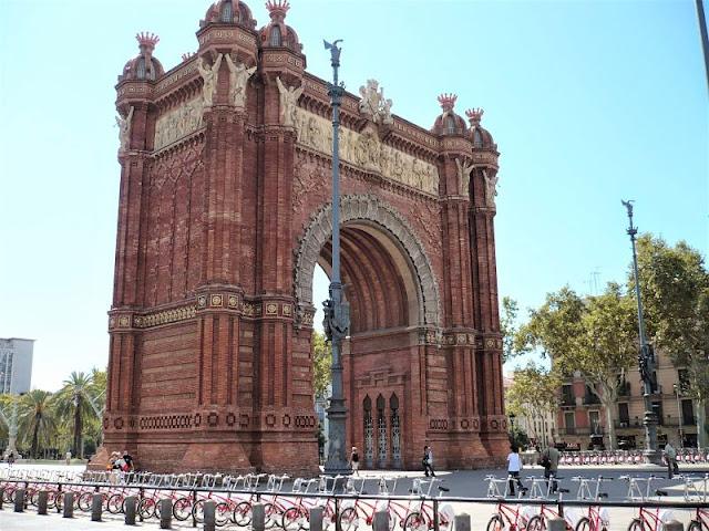 arco di trionfo nel parco della cittadella