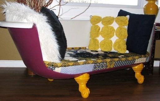 Desain sofa kreatif dari bathtub bekas
