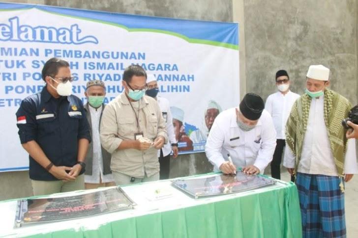 Bupati Safrial Resmikan Pembangunan Pondok Pesantren Aula Ponpes Darul Syekh Ismail Nagara