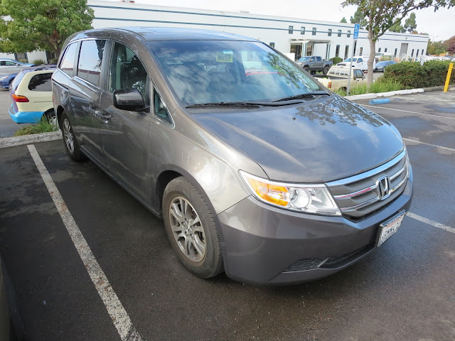 Honda Odyssey after bumper replaced by Almost Everything Auto Body