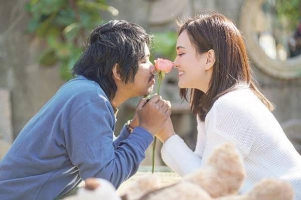 Review Film Cinta Itu Buta (2019), Versi Indonesia dari Film Kita Kita