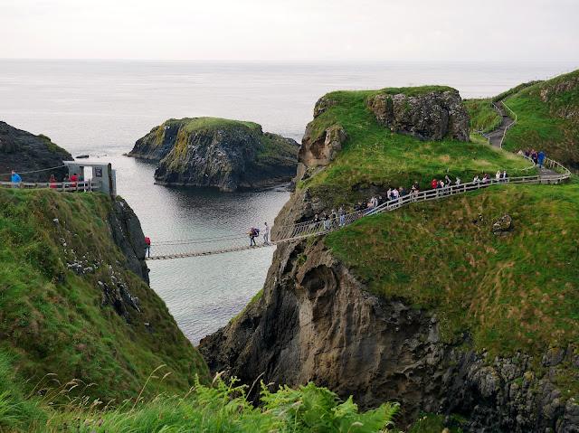 Carrick-a-Rede rope  Bridge Northern coastline Ireland
