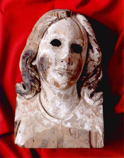 Busto de Nossa Senhora da Assunção padroeira de Nagasaki que sobreviveu à bomba