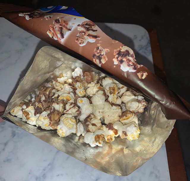 Candy Pop Popcorn - Snickers