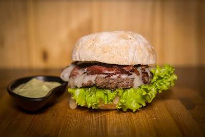 O Dia Mundial do Hambúrguer não pode ser esquecido