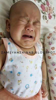 tips atasi anak menangis ketika hendak menyusu