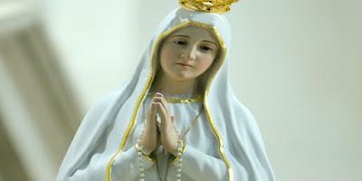 imagem da Virgem Maria (Nossa Senhora de Fátima)