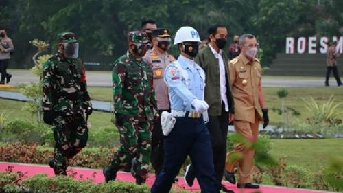 Pangdam I/BB Bersama Forkopimda Riau Dampingi Presiden RI Tinjau Progres Jalan Tol