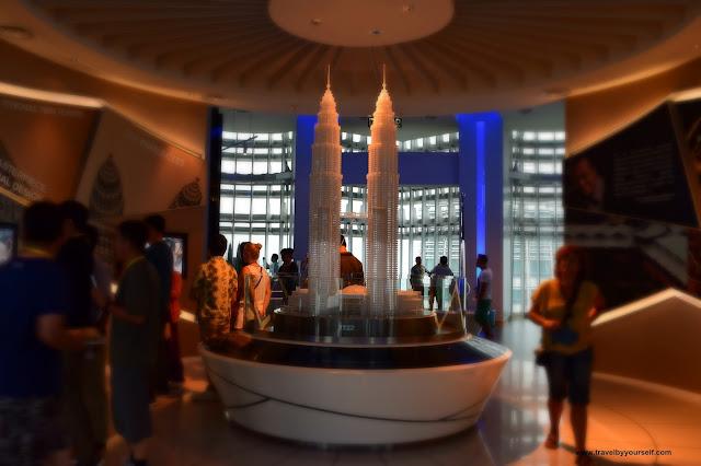 Kuala Lumpur Petronas Twin Towers Viewing Deck