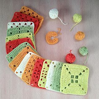 cuadrado al crochet monocromo