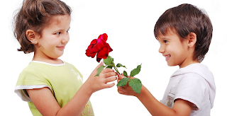Ρώτησαν 20 παιδιά τι είναι η αγάπη. Διαβάστε τις ξεκαρδιστικές αλλά σοφές απαντήσεις τους