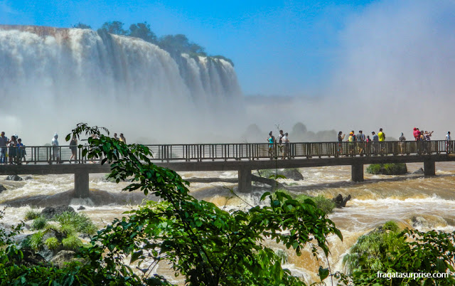 Passarela da Garganta do Diabo, Cataratas do Iguaçu