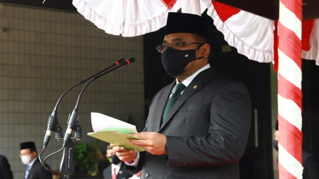 Menag Gus Yaqut Beri Penghargaan Kepala KUA hingga Guru Madrasah Berintegritas